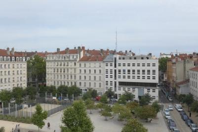 Place Bahadourian desde la Alliance Française